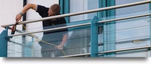 flyttstädning pris inglasad balkong